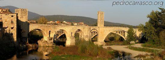 Besalú, un pueblo medieval situado en La Garrotxa en 2005